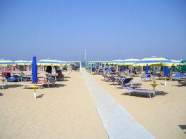 spiaggia di riccione 3
