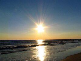sole-spiaggia-mare
